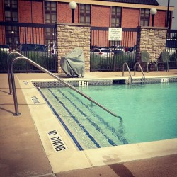 Beautiful day by the pool #ahstl  (at Hampton Inn)