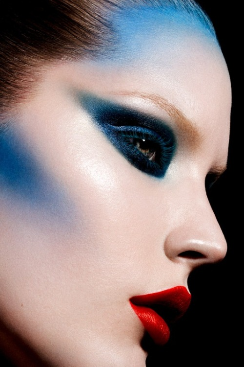 make-up-is-an-art:  by Loni Baur
