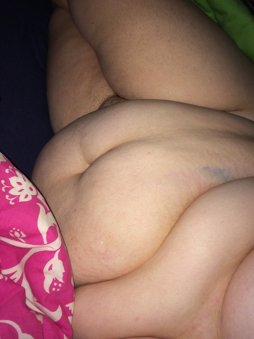 a gorgeous new follower sharing her lovely body with us.