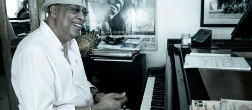 Listen to a recording of Chucho Valdés's concert at the Théâtre du Châtelet in Paris yesterday, courtesy of fip Radio!   Valdes's Border-Free comes to the U.S. in July! Check out his upcoming U.S. tour dates here (click 'All Concerts'.