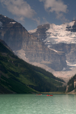 4nimalparty:  Lake Louise, Canadian Rockies (by Rob Briggs 2)