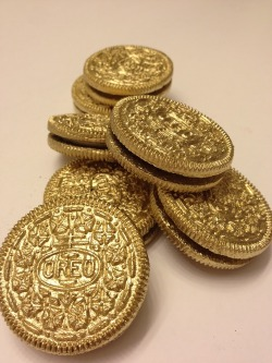 ceezysays:  golden oreos
