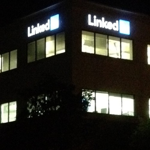 Hello @LinkedIn #travel #tech #socialnetwork (at LinkedIn Building A)