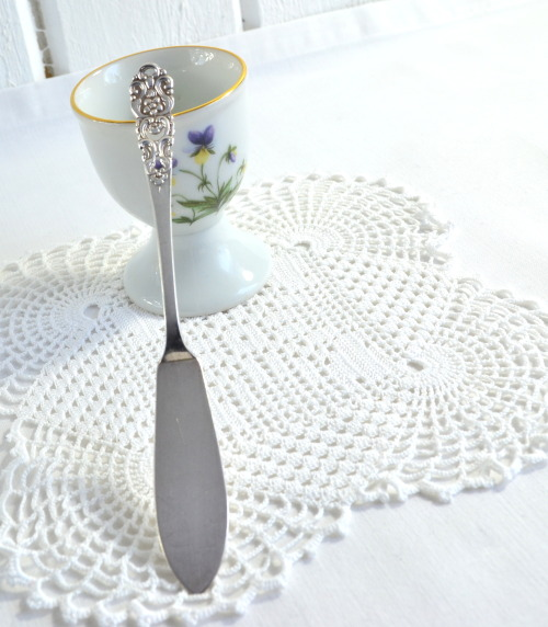 Pate , marmelade or butter spreader vintage Swedish silver plate www.etsy.com/listing/120062140/butter-pate-spreader-vintage-swedish SOLD