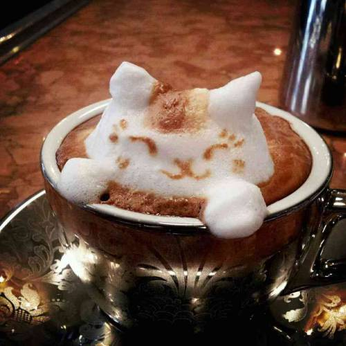 (via Masterpiece In A Mug: Japanese Latte Art Will Perk You Up : The Salt : NPR)