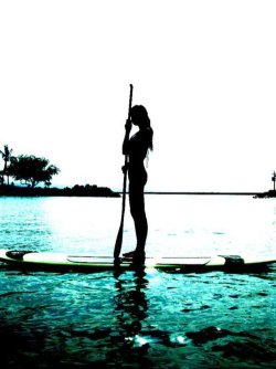 I want to go paddle boarding SO badly!
