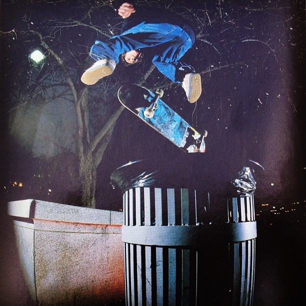 joshuapollina:  kerry getz | frontside half cab flip | love park | photo: ryan gee