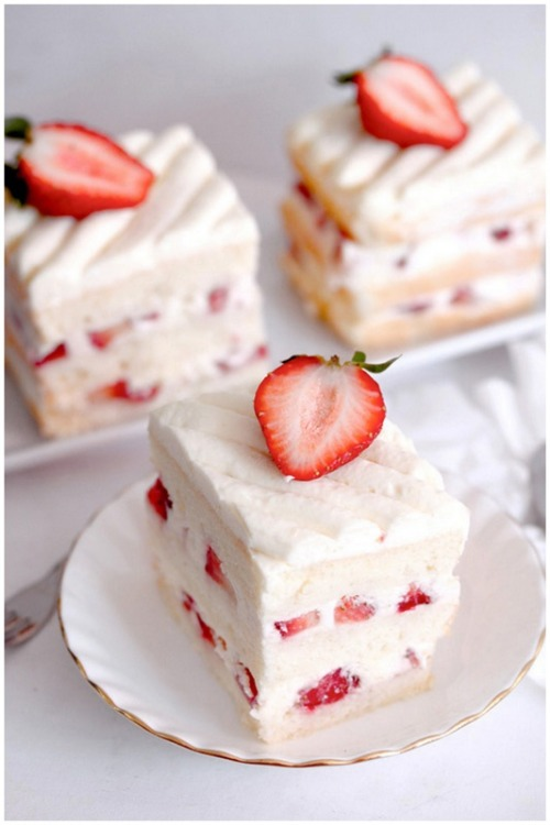 weeheartfood:  Strawberry shortcake