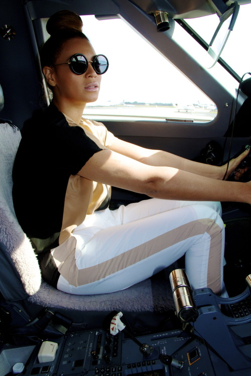 fashionpassionates:  GET THE QUEEN B LOOK Get the sunglasses here: RETRO ROUND SUNNIES Shop FP | Fashion Passionates