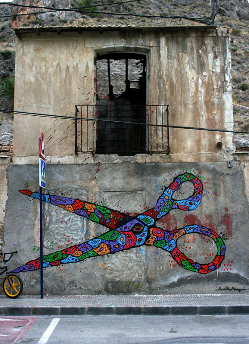 outsidermag:  CUELLIMANGUI - Tijeretazo Alicante (Spain). 2012