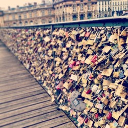 "zoella:  ""bridge of love"" across the river seine. Padlocks galore!"