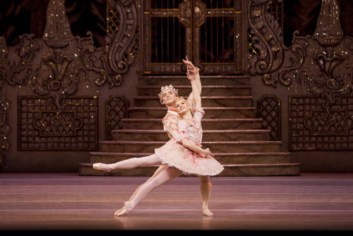 Melissa Hamilton as The Sugar Plum Fairy and Sergei Polunin as The Prince in The Nutcracker. © ROH / Johan Persson 2011 by Royal Opera House Covent Garden on Flickr.