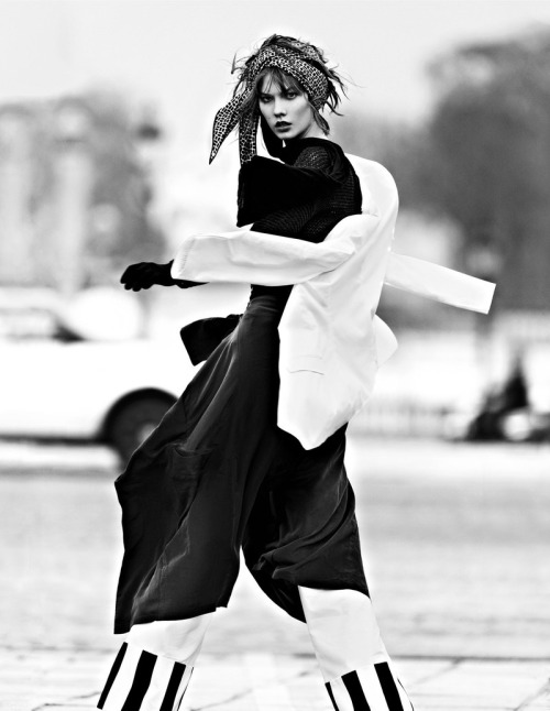 fashionfaves:  Karlie Kloss by Lachlan Bailey