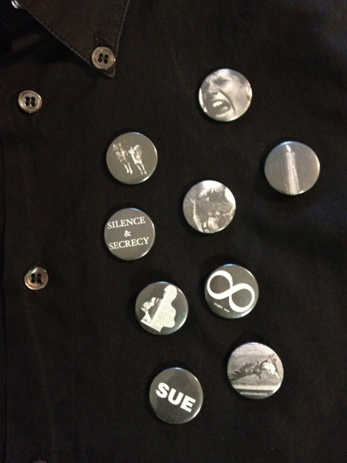 lacollectionneuse:  shirt with trash badges (it 46) • raf simons