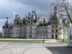 This castle is in France. Makes me wish I was born in the 18th century.. I would have loved it.