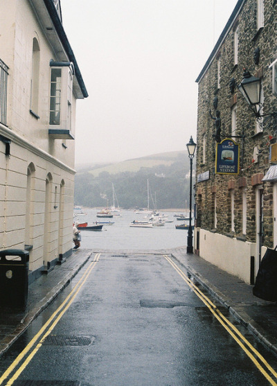 8birds:  Salcombe 1 by James F Shaw on Flickr.