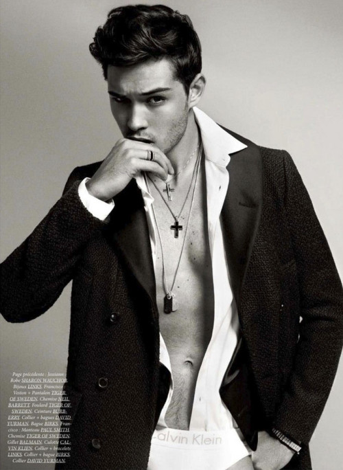 Francisco Lachowski by Sylvain Blais - Dress to Kill magazine