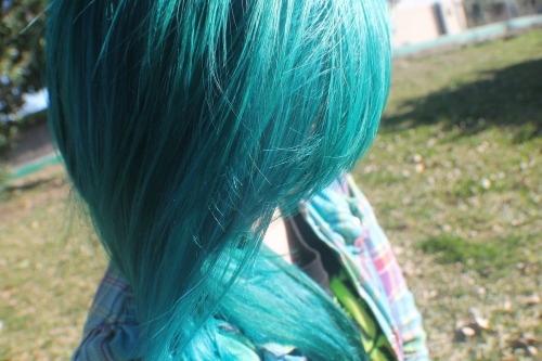 staytrueorgtfo:  I love my hair here c: