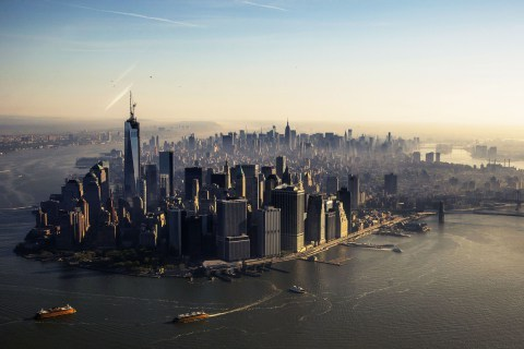 (via Spire Completes World Trade Center: 4,000 Days Later, a New Skyline | TIME.com)
