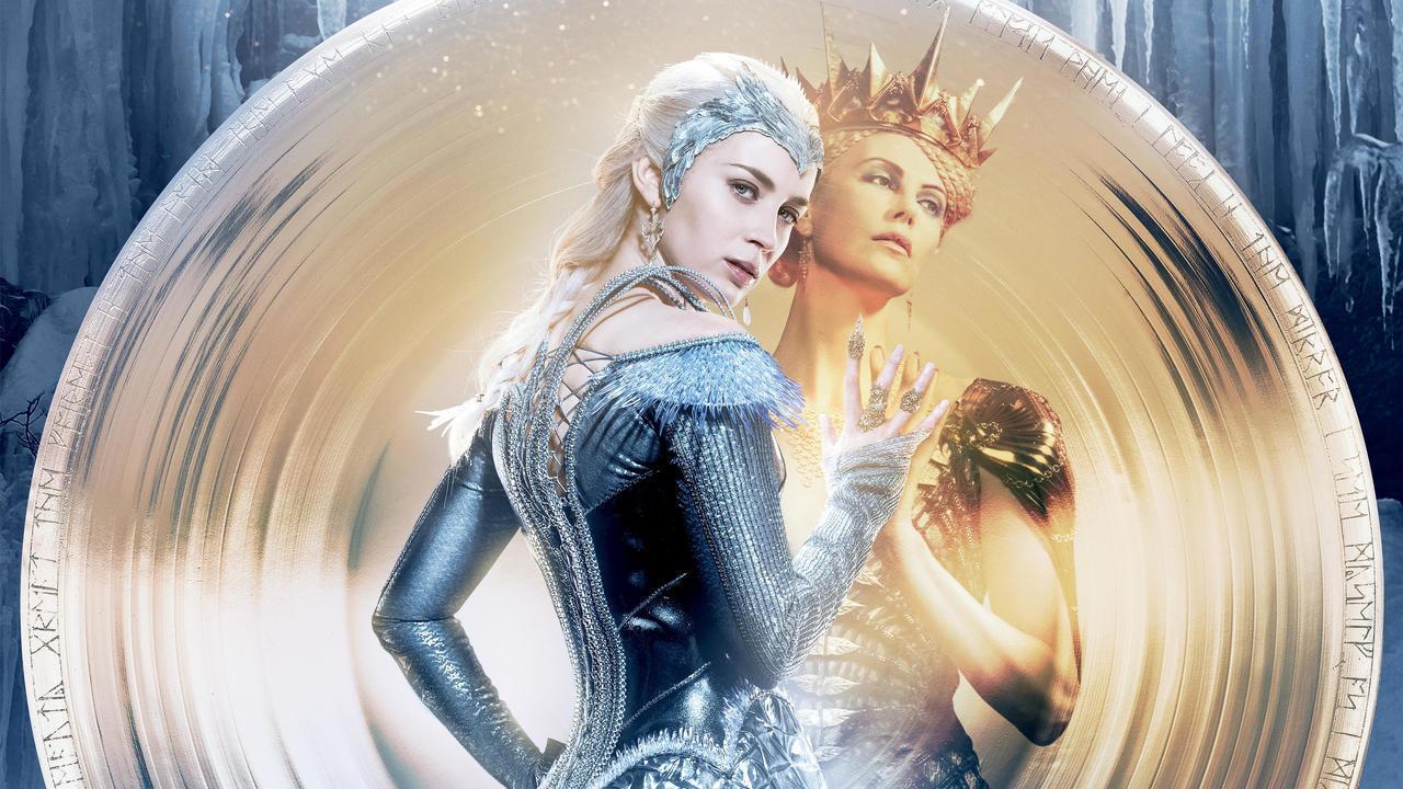 Emily Blunt e Charlize Theron em O Caçador e a Rainha de Gelo