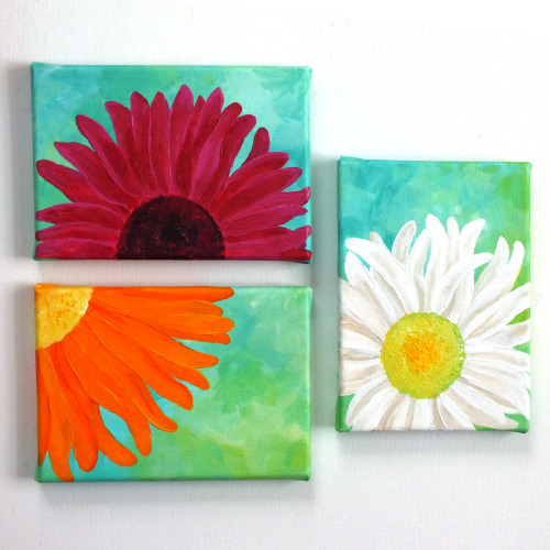 Three DaisiesThree 5x7 canvases for home or office © nJoy Art https://www.etsy.com/listing/125482068/floral-painting-for-home-or-office-3?ref=shop_home_active