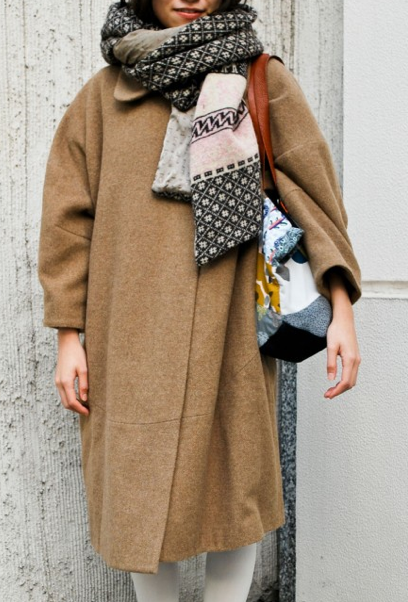 postpatternism:  By http://blog.stylesight.com/street/scarf-story?utm_source=calivintage&utm_medium=referral&utm_campaign=tumblr Via http://postpatternism.tumblr.com/