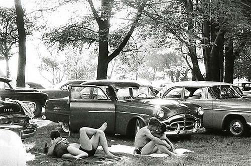 fuckyeahvintage-retro:  A public park in Michigan, 1956 © Robert Frank