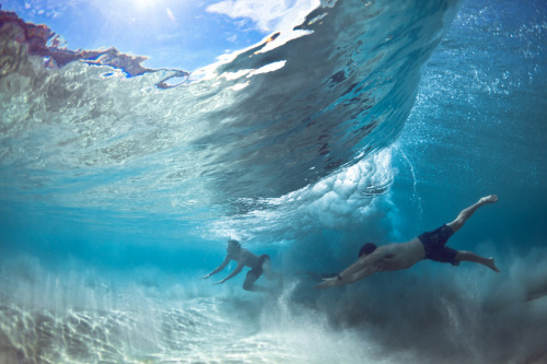 nanozen:  Escaping the Waves Photography: Mark Tipple
