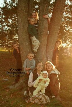 "Family Tree! ♥""The Mom,"" Becky.. Victoria, Renee, Naomi, Benjamin, Jimmy, Washington, Johnny. I LOVE these guys!!!"