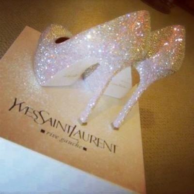 #notmine #ysl #mylist #shopping #sexy #heels #highheels #shoes #glitter #crystal #uae #arab #abudhabi #dubai  #q8 #qatar #london #toronto