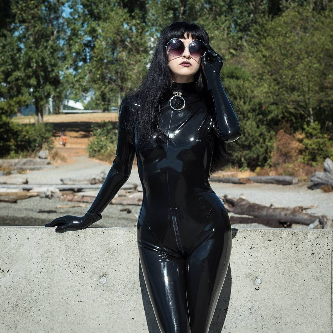 hot sex in latex