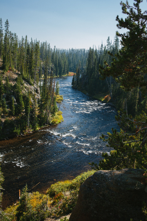 onehundredakerwood:  just-breezy:  Snake River / Zack Huggins   Into the Wild