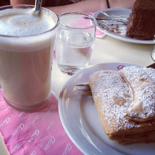 Apple strudel in Vienna 😍
