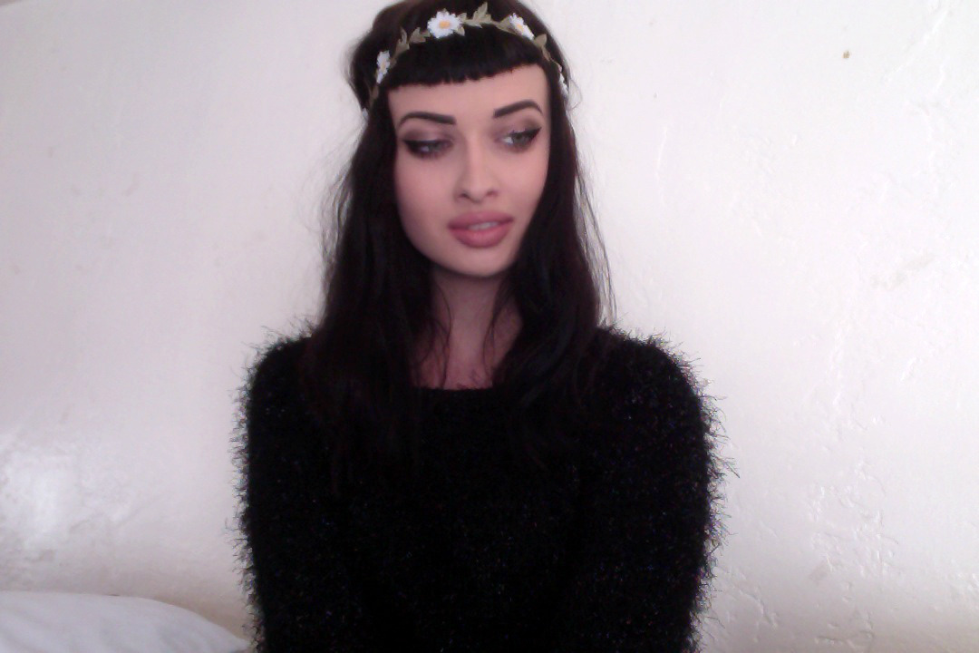 crunchwrapmistress:  im in summer denial so im only wearing winter clothes ryn