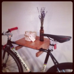 Handmade bike shelf crafted from solid cherry wood. Check the website : www.urbancitybikeshelves.com #urbancitybikeshelves #bikeshelf #bianchi #fixedgear #woodshop #handmade #diy