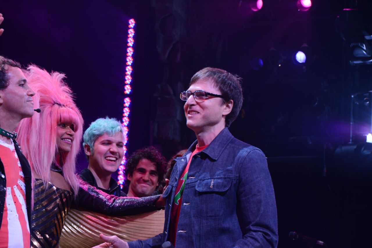 DarrenIsHedwig - Pics and gifs of Darren in Hedwig and the Angry Inch on Broadway. - Page 2 Tumblr_nuoc3p6m8W1qayexuo5_1280