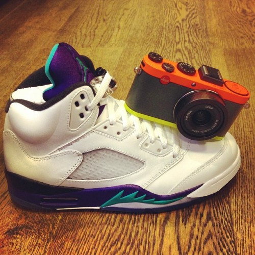 NIKE AIR JORDAN V GRAPE - LEICA X2 PAUL SMITH