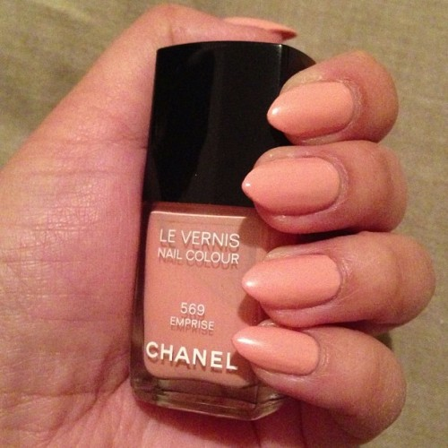 💅new color of the week #nailsdid #Chanel #emprise #nails #nailpolish #manimonday #pink
