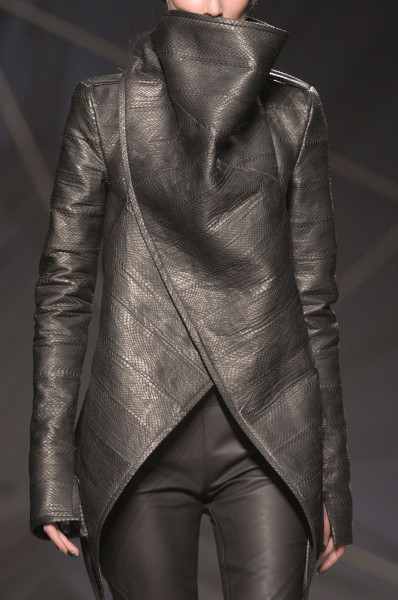 fashionfever:  Gareth Pugh Fall/Winter 2012