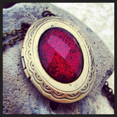 Magical ruby sparkle locket http://www.shanalogic.com//ruby-red-shimmer-locket-necklace.html #necklace #handmade #fairytale