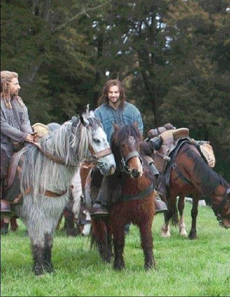 angels-are-falling-down:  Aidan looking adorable as Kili riding a pony.