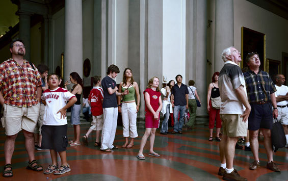 Thomas Struth Galleria dell'accademia, Florence, Audience 1, 2004 more here from the Whitechapel Galleries show-Photographs 1978-2010