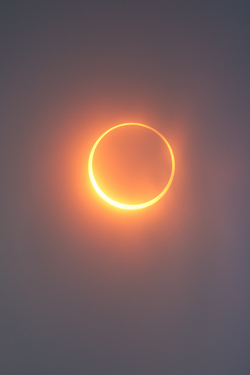 vurtual:  Eclipse (by Simon Christen)In alignment with the Sun and the Moon. Annular eclipse 2012 shot from Mt. Shasta in California.