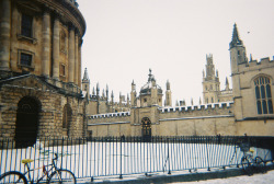 | ♕ |  Oxford in snow  | by © laurenniee | via ysvoice