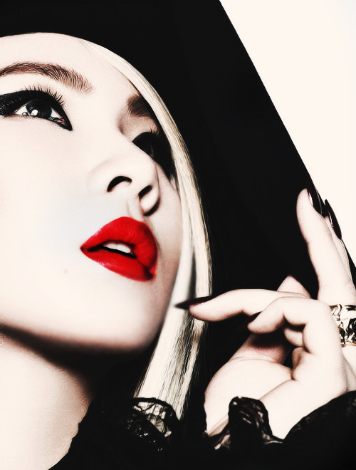 bomminator:    74/100 PICTURES OF CL