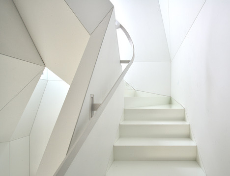 (via Skyhouse by David Hotson and Ghislaine Viñas)