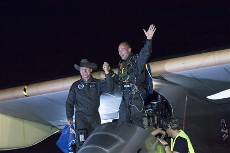 (via Solar-powered plane wraps first leg of flight across United States | Reuters) (Reuters) - The flight from San Fransisco to Phoenix took 18 hours and 18 minutes on Saturday - and didn't use a drop of fuel. A solar-powered airplane that developers hope eventually to pilot around the world landed safely in Phoenix on the first leg of an attempt to fly across the United States using only the sun's energy, project organizers said. The plane, dubbed the Solar Impulse, took 18 hours and 18 minutes to reach Phoenix on the slow-speed flight, completing the first of five legs with planned stops in Dallas, St. Louis and Washington on the way to a final stop in New York.