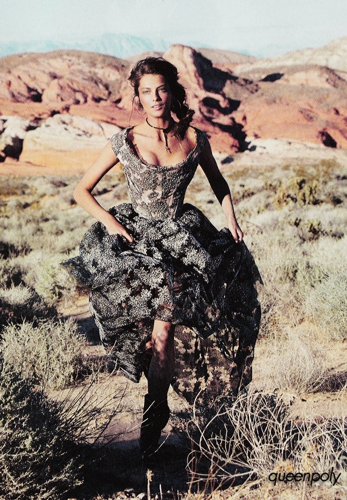 justthedesign:  Dress Worn By Daria Werbowy In Vogue France February 2012
