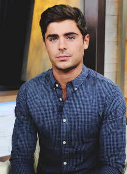 urbanwolves:  fancymen:  Ƒancy  Why can't I look like you zac