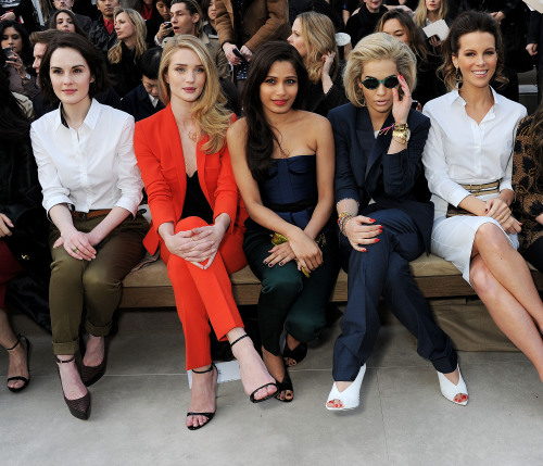 Michelle Dockery, @RHW, @BecauseImFreida, @RitaOra and Kate Beckinsale front row @Burberry Prorsum yesterday #LFW